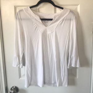 Banana Republic White v-neck and eyelet